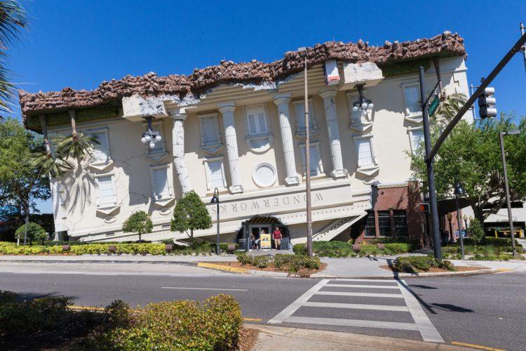 Tips-for-Family-Trips-Family-Trip-to-Wonderworks-Orlando
